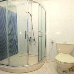 Отель Camellia 5 Hotel Вьетнам, Ханой - отзывы, цены и фото номеров - забронировать отель Camellia 5 Hotel онлайн ванная фото 2