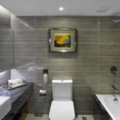 Emperor Hotel ванная