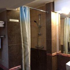 Гостиница Ломоносов Санкт-Петербург ванная