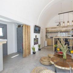 Отель Bedspot Hostel Греция, Остров Санторини - отзывы, цены и фото номеров - забронировать отель Bedspot Hostel онлайн комната для гостей