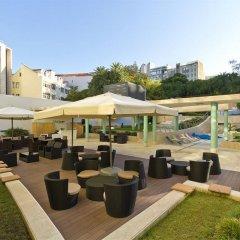 Отель HF Fénix Lisboa бассейн
