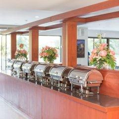 Отель R-Con Wong Amat Suite питание фото 4