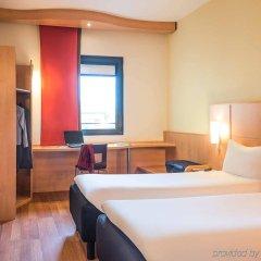 Отель ibis Milano Malpensa Aeroporto Италия, Кардано-аль-Кампо - 2 отзыва об отеле, цены и фото номеров - забронировать отель ibis Milano Malpensa Aeroporto онлайн комната для гостей