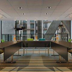 Отель Aloft Brussels Schuman Бельгия, Брюссель - 2 отзыва об отеле, цены и фото номеров - забронировать отель Aloft Brussels Schuman онлайн интерьер отеля фото 3