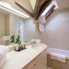 The Nicholas Hotel Residence ванная
