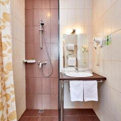 Гостиница Россия 3* Стандартный номер с двуспальной кроватью фото 12