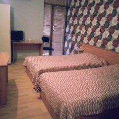 Отель Family Hotel Kredo Болгария, Сливен - отзывы, цены и фото номеров - забронировать отель Family Hotel Kredo онлайн комната для гостей