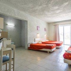 Отель Anika Studios Фалираки комната для гостей фото 4