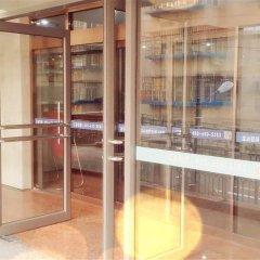 Отель Beijing Qinglian Furun Hotel Niujie Branch Китай, Пекин - отзывы, цены и фото номеров - забронировать отель Beijing Qinglian Furun Hotel Niujie Branch онлайн балкон