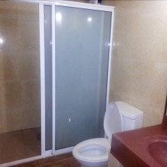 Отель Ancestors Pension House Филиппины, Мандауэ - отзывы, цены и фото номеров - забронировать отель Ancestors Pension House онлайн ванная