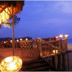 Отель The LaLiT Golf & Spa Resort Goa пляж