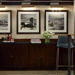 Отель The Kimpton Muse Hotel США, Нью-Йорк - отзывы, цены и фото номеров - забронировать отель The Kimpton Muse Hotel онлайн удобства в номере фото 2