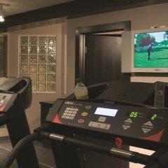 Отель Arts Канада, Калгари - отзывы, цены и фото номеров - забронировать отель Arts онлайн фитнесс-зал фото 3