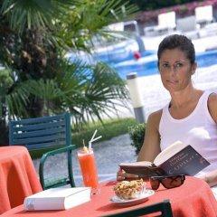 Отель Bristol Buja Италия, Абано-Терме - 2 отзыва об отеле, цены и фото номеров - забронировать отель Bristol Buja онлайн питание фото 3