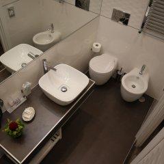 Отель Millina Suites In Navona ванная фото 2