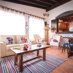 Отель Refúgio do Sol - Mosteiros Португалия, Понта-Делгада - отзывы, цены и фото номеров - забронировать отель Refúgio do Sol - Mosteiros онлайн комната для гостей фото 5