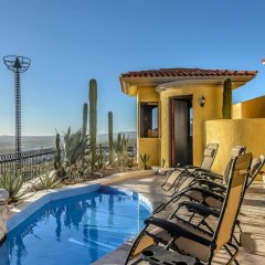 Отель Cabo Vacation Home Мексика, Кабо-Сан-Лукас - отзывы, цены и фото номеров - забронировать отель Cabo Vacation Home онлайн бассейн фото 3