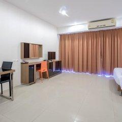 Отель Chic Residences at Karon Beach комната для гостей фото 4