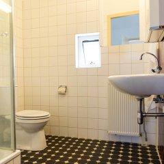 Отель Vink Water View Apartment Нидерланды, Винкевеен - отзывы, цены и фото номеров - забронировать отель Vink Water View Apartment онлайн ванная фото 2