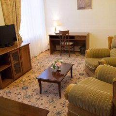 Гостиница «Морской» Украина, Одесса - 5 отзывов об отеле, цены и фото номеров - забронировать гостиницу «Морской» онлайн комната для гостей фото 5