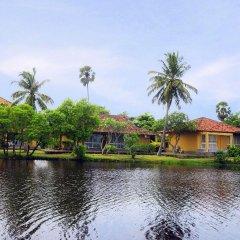 Отель Club Palm Bay Шри-Ланка, Маравила - 3 отзыва об отеле, цены и фото номеров - забронировать отель Club Palm Bay онлайн приотельная территория фото 2