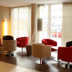 Отель Holiday Inn Express Berlin City Centre-West гостиничный бар