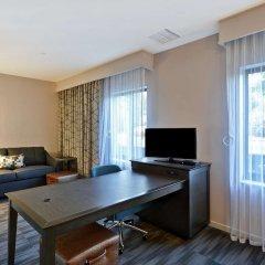Отель Hampton Inn & Suites Los Angeles Burbank Airport Лос-Анджелес фото 4