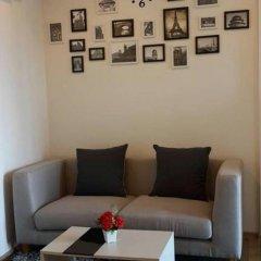 Отель Arthouse Uptown Phuket Таиланд, Пхукет - отзывы, цены и фото номеров - забронировать отель Arthouse Uptown Phuket онлайн интерьер отеля фото 2