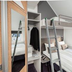 Отель Cabinn Scandinavia Дания, Фредериксберг - 8 отзывов об отеле, цены и фото номеров - забронировать отель Cabinn Scandinavia онлайн балкон
