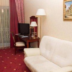 Гостиница Royal Falke Resort & SPA в Светлогорске 12 отзывов об отеле, цены и фото номеров - забронировать гостиницу Royal Falke Resort & SPA онлайн Светлогорск комната для гостей