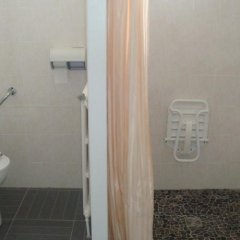 Отель Aer Франция, Озвиль-Толозан - отзывы, цены и фото номеров - забронировать отель Aer онлайн ванная