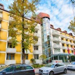 Отель Leonardo Hotel & Residenz München Германия, Мюнхен - 11 отзывов об отеле, цены и фото номеров - забронировать отель Leonardo Hotel & Residenz München онлайн парковка