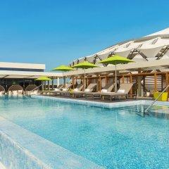 Отель Aloft Al Ain ОАЭ, Эль-Айн - отзывы, цены и фото номеров - забронировать отель Aloft Al Ain онлайн бассейн фото 2