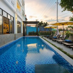 Viet Long Hoi An Beach Hotel бассейн