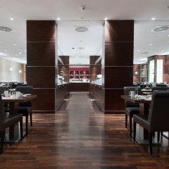 Отель Hilton Cologne Германия, Кёльн - 3 отзыва об отеле, цены и фото номеров - забронировать отель Hilton Cologne онлайн питание