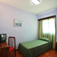 Отель azuLine Hotel Galfi Испания, Сан-Антони-де-Портмань - 1 отзыв об отеле, цены и фото номеров - забронировать отель azuLine Hotel Galfi онлайн детские мероприятия