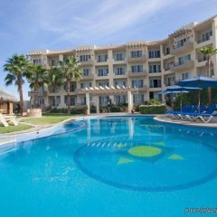 El Ameyal Hotel & Family Suites бассейн