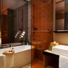 Oasia Hotel Downtown Singapore ванная