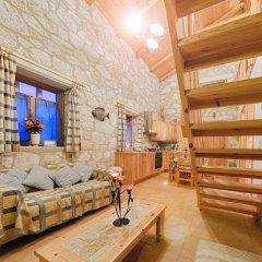 Отель Joanna's Stone Villas развлечения