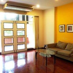 Отель Pt Court Бангкок интерьер отеля фото 3