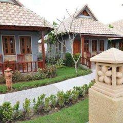 Отель Chalong Villa Resort and Spa с домашними животными