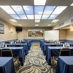 Отель Comfort Inn University Center фото 2