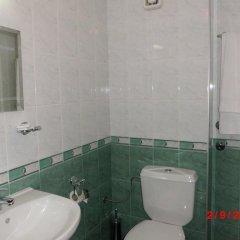 Отель Crystal Болгария, Смолян - отзывы, цены и фото номеров - забронировать отель Crystal онлайн ванная
