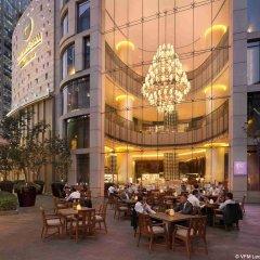 Отель Langham Xintiandi Шанхай питание фото 3