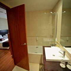 Отель HLG CityPark Sant Just Испания, Сан-Жуст-Десверн - отзывы, цены и фото номеров - забронировать отель HLG CityPark Sant Just онлайн ванная
