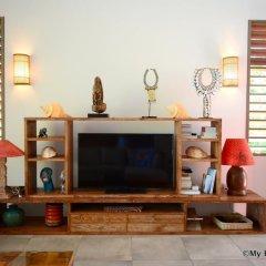 Отель Villa Maere Villa 1 Французская Полинезия, Пунаауиа - отзывы, цены и фото номеров - забронировать отель Villa Maere Villa 1 онлайн интерьер отеля