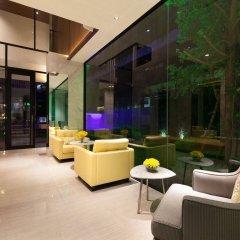 Lit Hotel And Residence Бангкок интерьер отеля