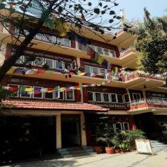 Отель Kathmandu Eco Hotel Непал, Катманду - отзывы, цены и фото номеров - забронировать отель Kathmandu Eco Hotel онлайн парковка