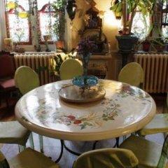 Отель Les Bluets Бельгия, Брюссель - отзывы, цены и фото номеров - забронировать отель Les Bluets онлайн питание