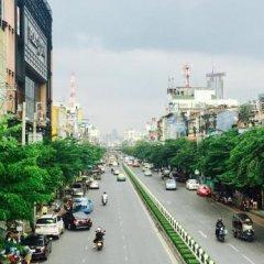 Inn Trog And Inn Soi - Hostel - Adults Only Бангкок парковка